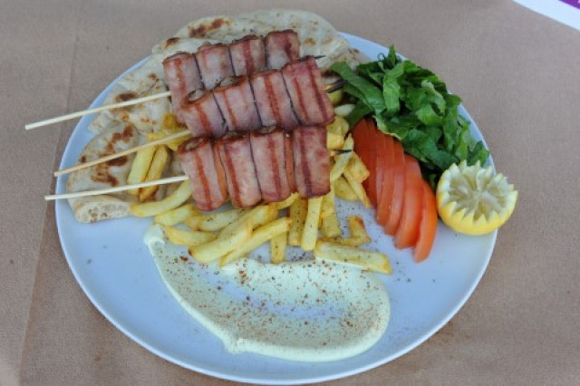 SKEWERED CHICKEN & BACON PORTION