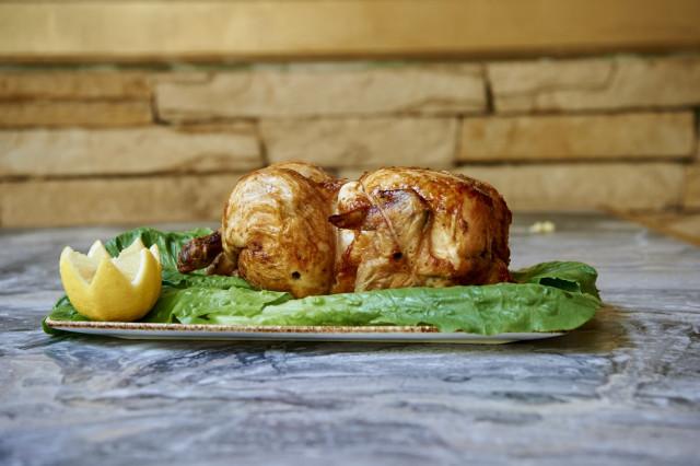 Κοτόπουλο κιλό ολόκληρο